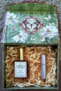 Natural Perfume and Travel Sprayer Gift Box